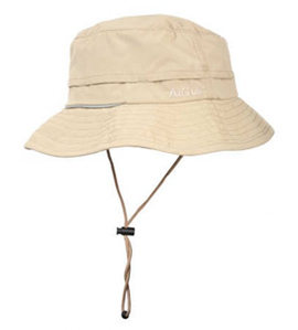 Il cappello d estate diventa accessorio indispensabile 4d15e89d0d33