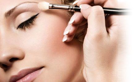 Make up artist: i corsi di formazione per diventare truccatrice professionista